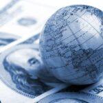 с) Мировые деньги